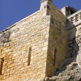 Angle de mur refait à neuf en Dordogne
