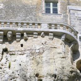 terrasse extérieurs avec balustrade