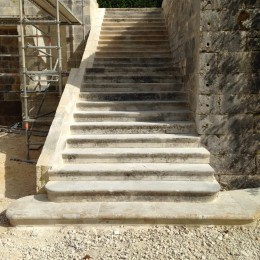 Creation of straight stairs in an Orangery in the Périgord